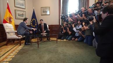 Sánchez trasllada el seu rebuig a Rajoy però manté totes les opcions obertes