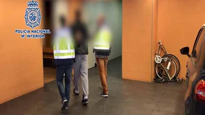 Detingut un fugitiu condemnat per delictes sexuals a menors