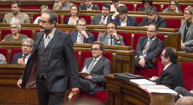 Junts pel Sí perfila la nova oferta de Govern a la CUP