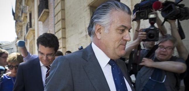 Centenares de políticos están imputados en España