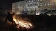 Agricultores griegos se enfrentan a la polic�a por la reforma de las pensiones