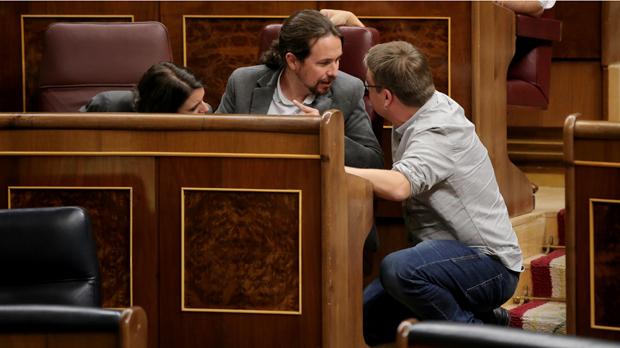 Podem demana a Rajoy que dialogui amb Puigdemont
