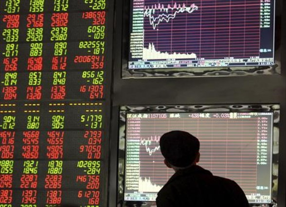 La bolsa se desploma hasta el nivel del 2013