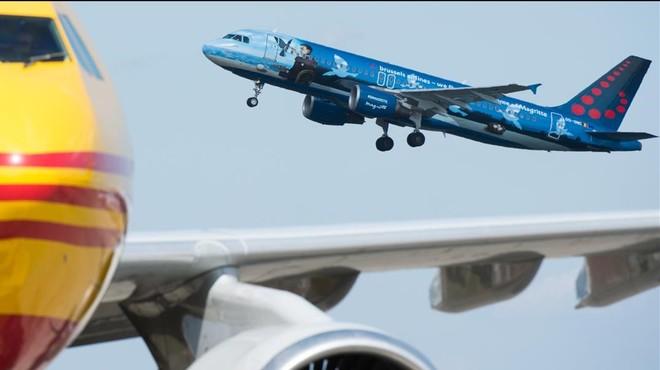 L'aeroport de Brussel·les reprèn la seva activitat amb tres vols