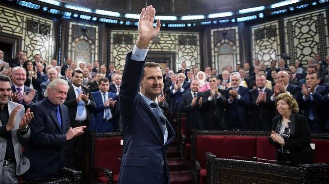 Assad allibera presos comuns a canvi que lluitin a primera línia del front