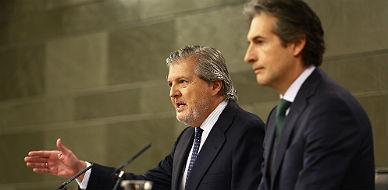Los ministros Méndez de Vigo y De la Serna.