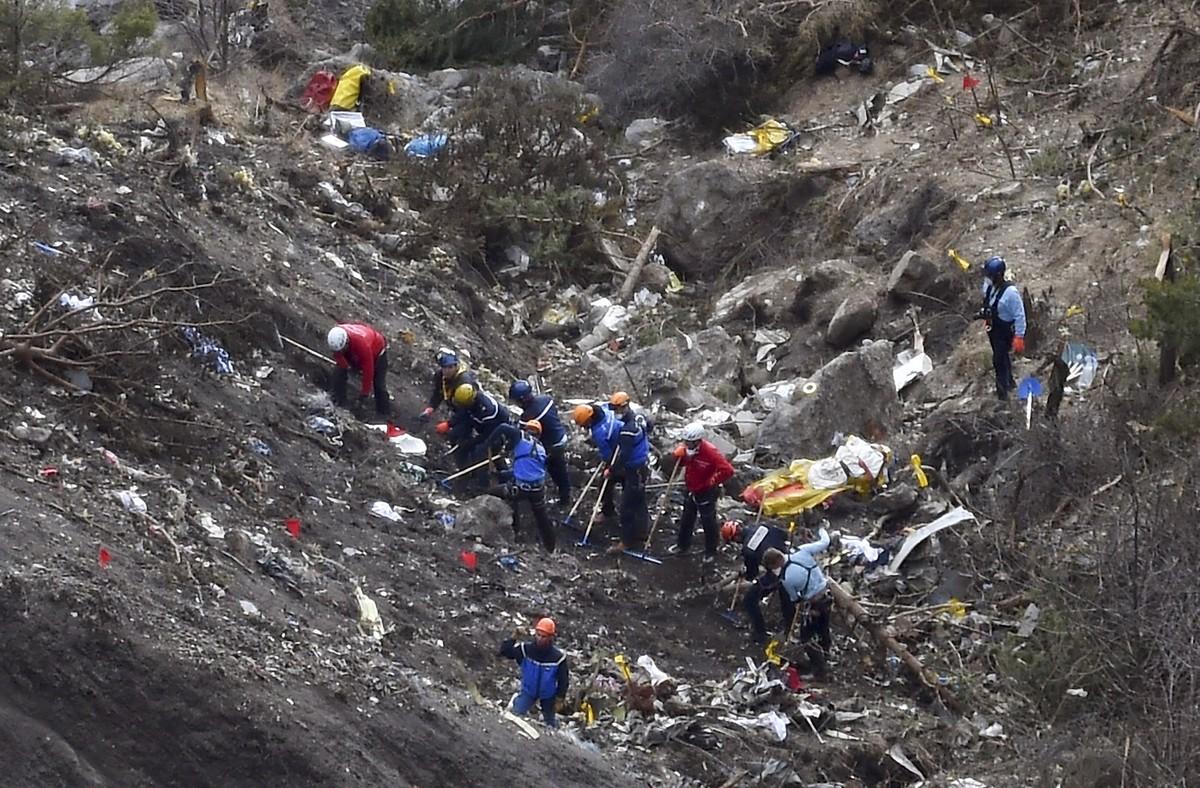 Un médico recomendó ingresar en un psiquiátrico a Lubitz, el piloto de Germanwings, dos semanas antes del accidente