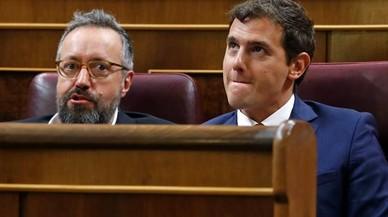 Rivera pide a Rajoy que ofrezca algo a S�nchez si quiere ser presidente