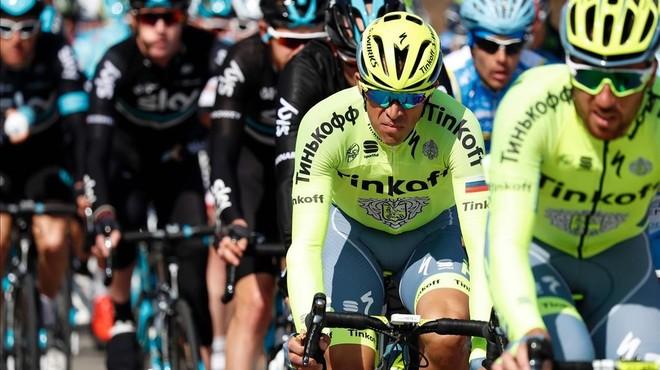 Contador exerceix de patró de la París-Niça