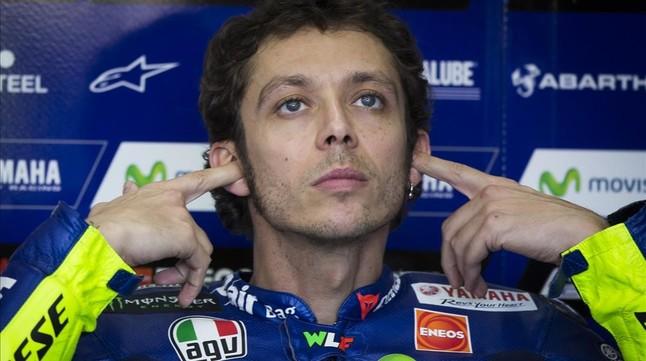 Rossi hace saber a Lorenzo que �l seguir� en Yamaha