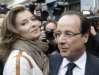 Trierweiler y Hollande, tras votar en la segunda vuelta de las presidenciales en Tulle, en mayo de 2012.