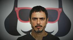 Julio Manrique, en la Biblioteca, que acoge el montaje de David Selvas.