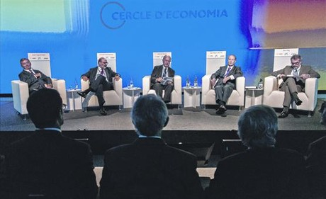 De izquierda a derecha, Javier Vega, Fernando Abril, Juan Jos� Brugera, Juan Miquel Villar Mir y Marc Puig, recordaron a Jos� Manuel Lara Bosch.