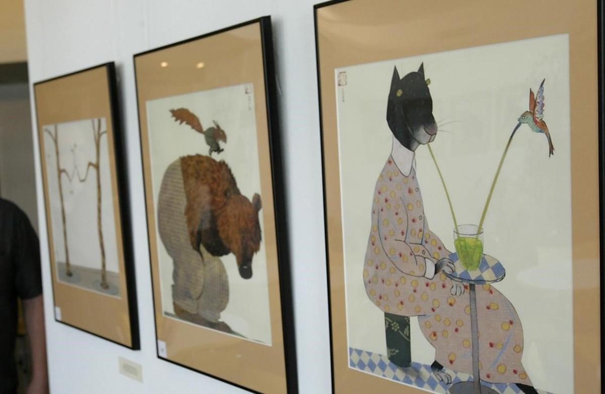 Ilustraciones de Wolf Erlbruch, en una exposición sobre libro infantil, en Barcelona.