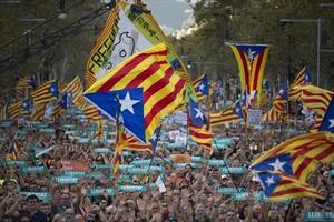 La cabecera de la manifestación, convocada por la Taula per la Democràcia.