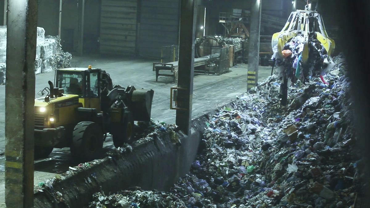¿Per què és important reciclar correctament la matèria orgànica al contenidor marró? Aquest vídeo ho explica.