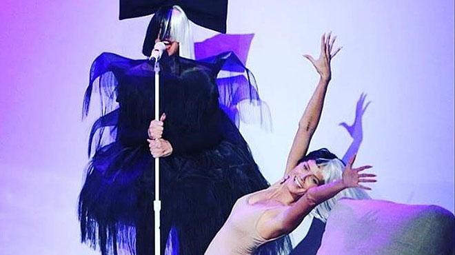 Heidi Klum es clona per Halloween