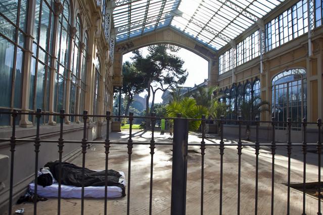 El Hivernacle del parque de la Ciutadella lleva seis a�os de abandono