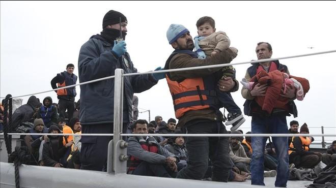 Lesbos, la nova presó per als refugiats