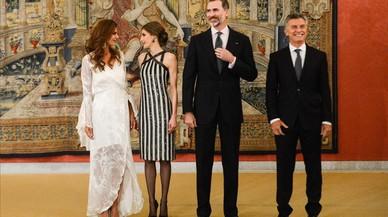 Los Reyes con el presidente argentino Macri y su esposa.