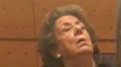 Rita Barber� aparentemente dormida, ayer, en su reaparici�n en el Senado.