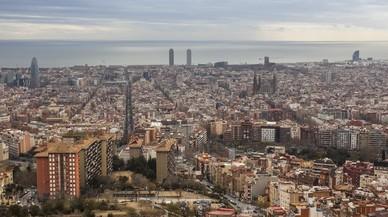 Barcelona guanya població gràcies als estrangers