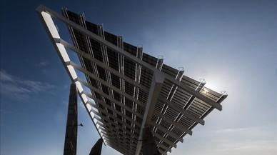 La pérgola fotovoltaica del Fòrum.