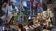 Un mercado de Quetta, Pakistán, exhibe carteles con la imagen de Osama bin Laden.