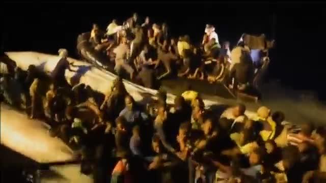 Im�genes del rescate de parte de los 3.300 inmigrantes rescatados en italia este fin de semana.