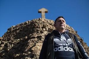 Rodrigo Arroyo, en el parque Güell, adonde acude cada día.