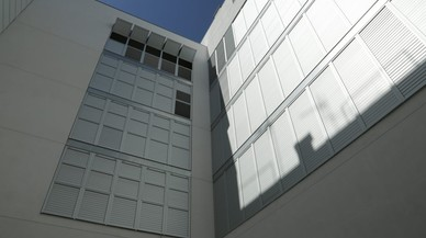 El Banco Europeo de Inversiones financiará la mitad de la construcción de 2.200 viviendas de alquiler social de Barcelona