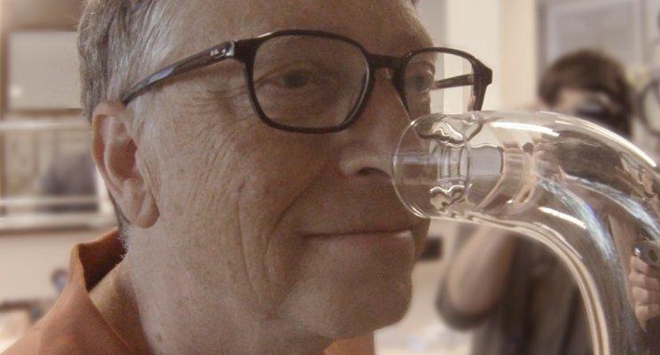 Bill Gates y la empresa suiza Firmenich colaboran para mejorar el saneamiento en países como la India.