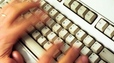 El tribunal d'Estrasburg avala el control d'internet a la feina si l'empresa avisa