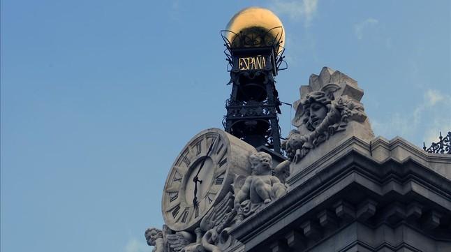El Banco de España evita hacer autocrítica por su gestión de la crisis