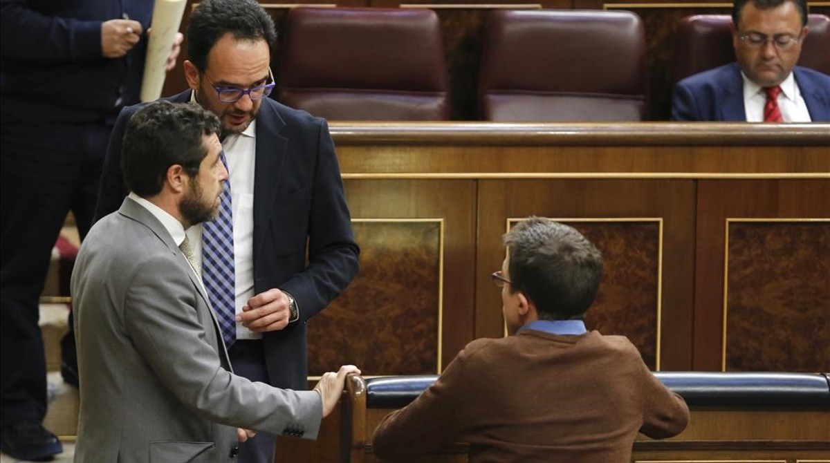 PSOE y Podemos abordan la segunda fase de negociaciones
