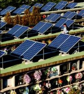 El cementerio de santa coloma empieza a generar electricidad for Placas solares barcelona