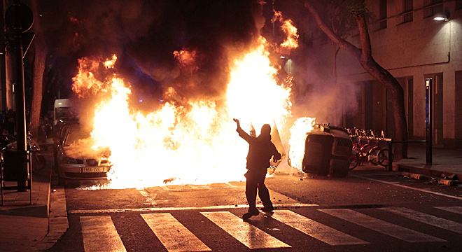 Sis detinguts i 225 identificats en els incidents de dissabte per Can Vies
