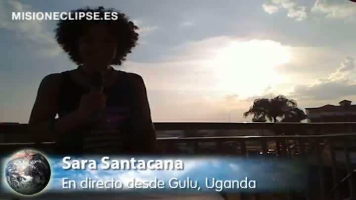 Presentado por Sara Santacana, de Misión Eclipse, retransmisión en directo del eclipse total de Sol del 3 de noviembre de 2013 a las 17 horas 22 minutos desde Gulu, Uganda.