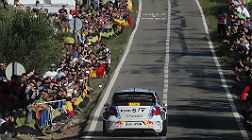 Ogier atraviesa un tramo de El Molar (Tarragona) en la segunda jornada.
