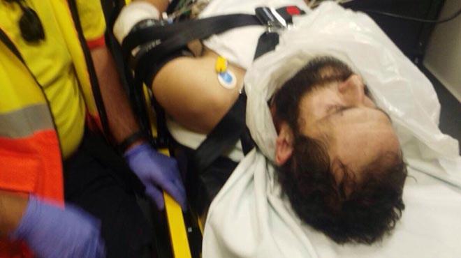 Ferits dos policies locals a Gavà en un tiroteig