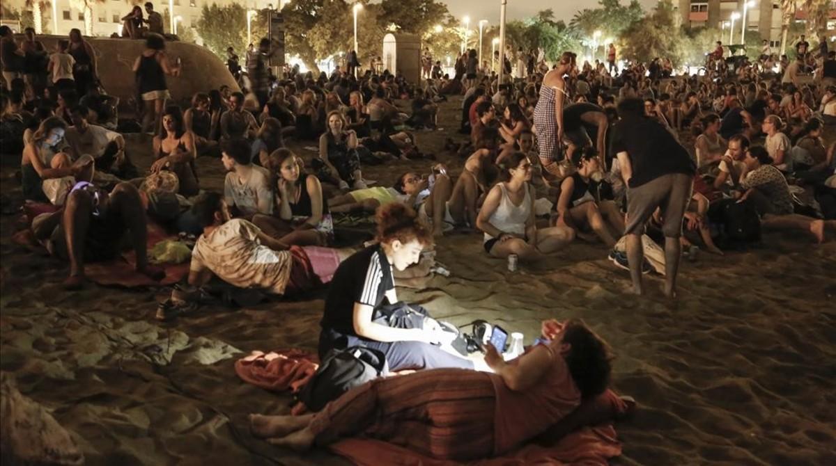 Ambiente nocturno en la Barceloneta