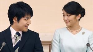 zentauroepp39931528 japan s princess mako right the elder daughter of prince a170904113508