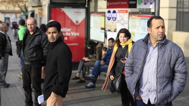 La vaga de busos agafa el relleu de la del metro