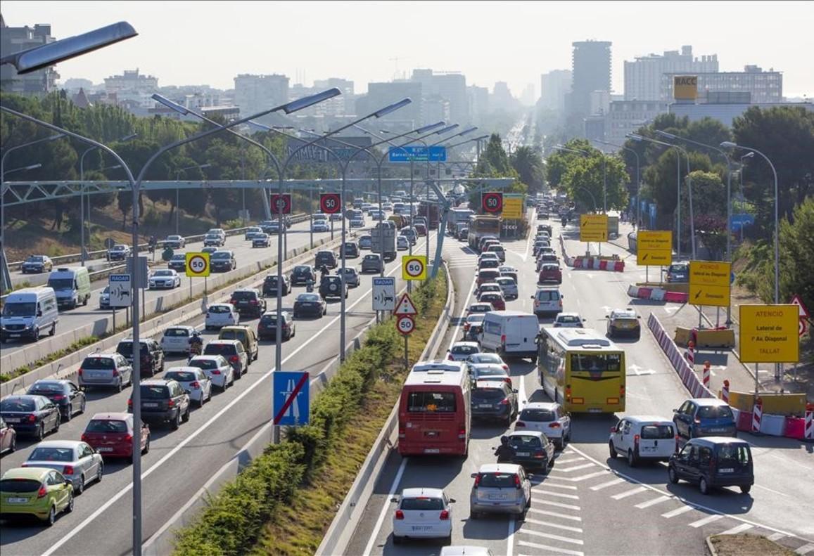 La DGT envía etiquetas ambientales para 4,3 millones de coches