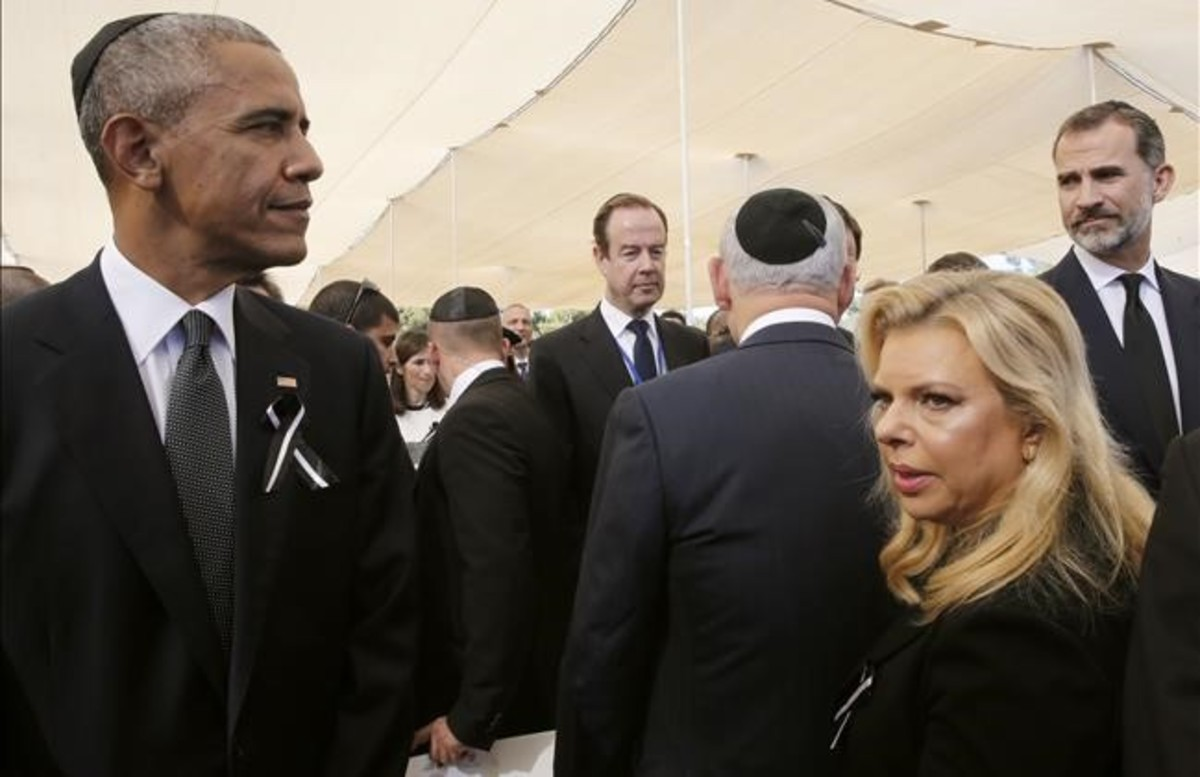 barack-obama-rey-felipe-durante-funeral-por-simon-peres-1475235029427.jpg