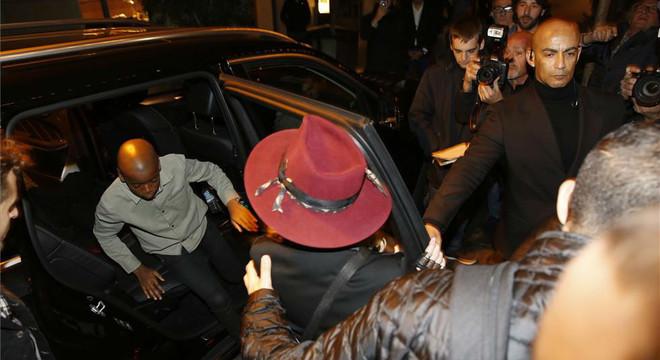 Madonna sopa a Barcelona amb dos dels seus fills i l'equip de la gira