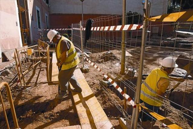 Cornellà impulsa 300 contratos temporales para capear la crisis
