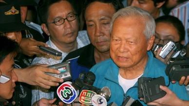 Un general de 96 años ocupa la regencia de Tailandia