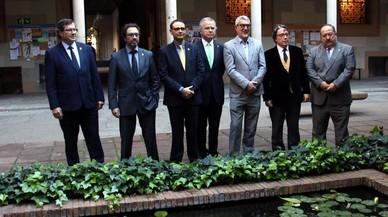 Els set candidats a rector de la UB, preocupats per les beques