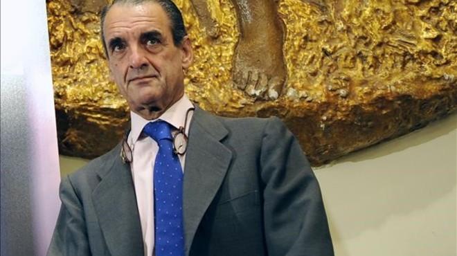 Conde i el seu advocat guardaven als seus domicilis 131.400 euros en efectiu